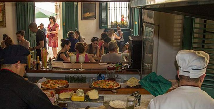 5 Esquinas, pizzas en La Habana - http://www.absolut-cuba.com/5-esquinas-pizzas-la-habana/