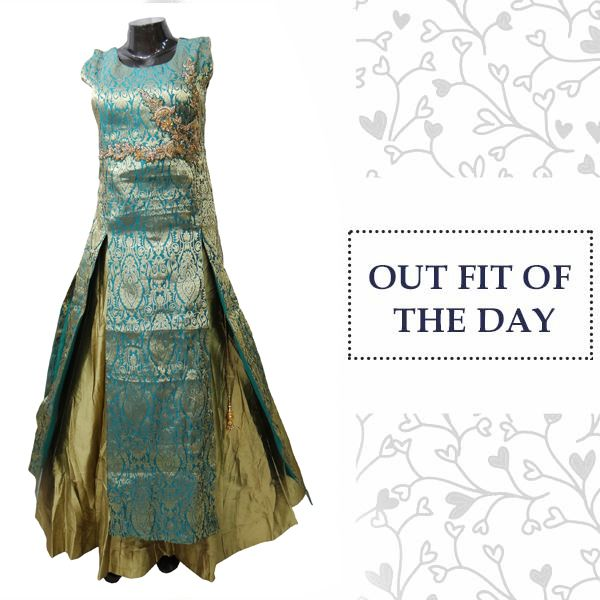 Cast a spell in this lush navy blue party gown. Go, grab it now:  http://tinyurl.com/y9jqyhk3