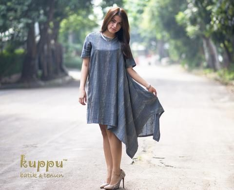 DISC 10%  TENUN ASYMMETRIC DRESS  by: Kuppu Batik & Tenun  1.150.000,00  Details:  100% cotton, hand-woven natural-dye Tenun Bali, Indonesia Colour: bluish-grey with soft colours of stripes Fashionable asymmetrical design Medium size: Bust 98cm, Arm 44cm, 90cm long from highest shoulder point Dry clean or hand wash with mild soap only - hang to dry, avoid direct sunlight - low heat iron on batik tenun part  www.kuppubatiktenun.com More Info  Laura 08119103668 Pin Bb 751E6162 Line ID…
