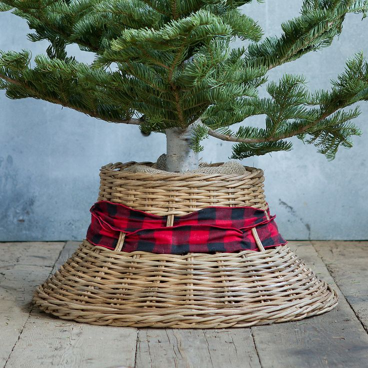 Wicker Bell Tree Skirt