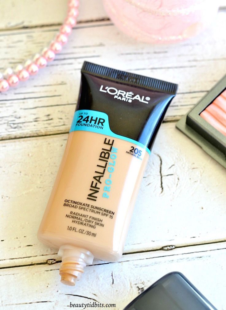 L'Oreal Infallible Pro-Glow Foundation Review and Swatches