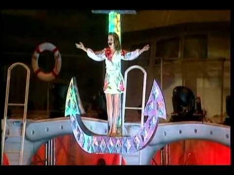Loveboat - Kylie Minogue (Live In Sydney DVD)