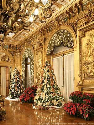beautiful wall work and decor