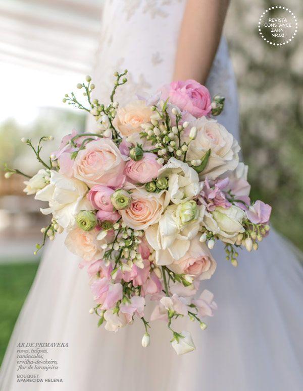 Bouquet de noiva romântico - casamento clássico - flores tons de rosa, pêssego e off white ( Bouquet: Aparecida Helena | Foto: Roberto Tamer )