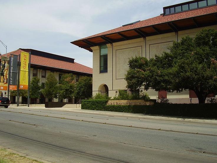 Blanton museum of art austin texas designed by kallman