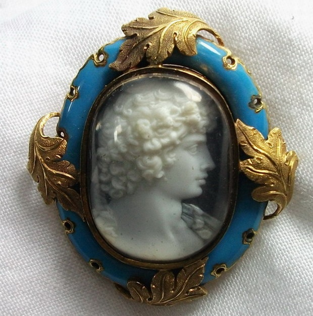 430 best cameo love images on pinterest antique jewellery cameo antique cameos old victorian shell coral and hardstone cameos vintage jewellery mozeypictures Image collections