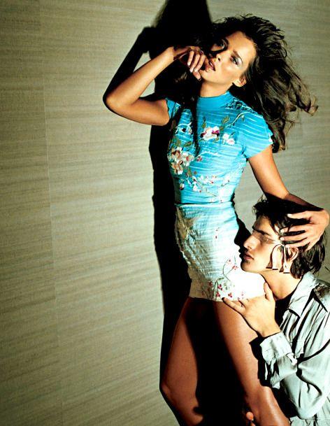 Carmen Kass & Ivan de Pineda by Mario Testino for Gucci S/S 2003