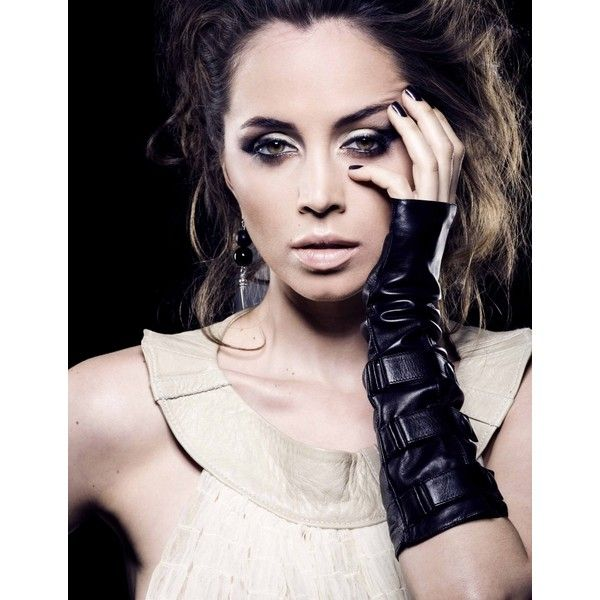 Фото: Элиза Душку ❤ liked on Polyvore featuring people, eliza dushku and звезды