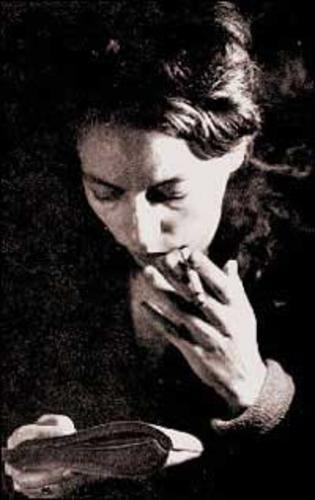 Alejandra Pizarnik.    Mi favorita.