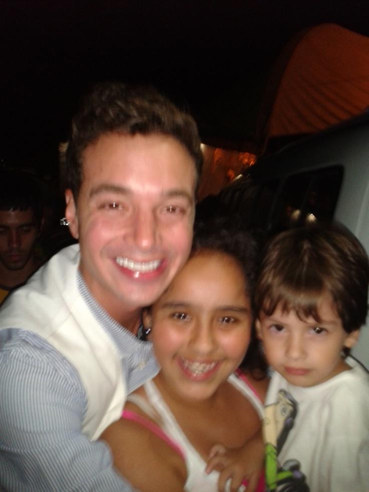 Juanito y Laura con J.Balvin