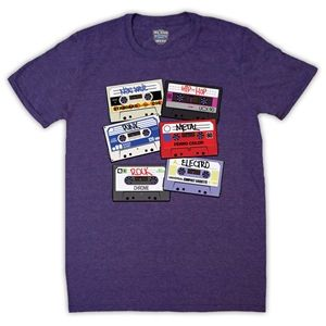 Cassette Tapes Retro Mix Tape Mens T-Shirt (Purple Magic)