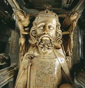 Effigy of King Edward II 1284-1327