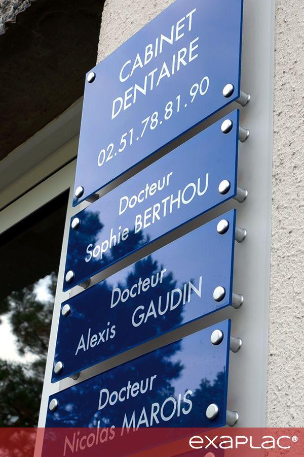 Support Multi Plaques De Cabinet Dentaire Tableau Realise Avec Un Fond En Plexig Decor Pour Cabinet Dentaire Design De Cabinet Dentaire Plaque Professionnelle