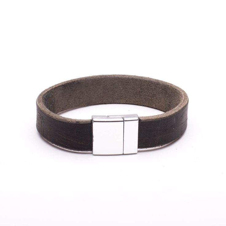 Bracelet Distressed Brown Leather Brushed Silver Magnetic Clasp