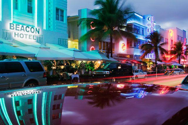 Miami de día y de noche  sta es una ciudad que emana puro sex appeal. Playas, restaurantes, hoteles y vida nocturna no t