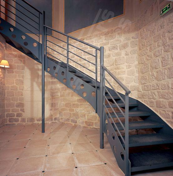 it3 spir 39 d co mixte droit d 39 angle formant escalier 2 quartiers tournants interm diaires. Black Bedroom Furniture Sets. Home Design Ideas