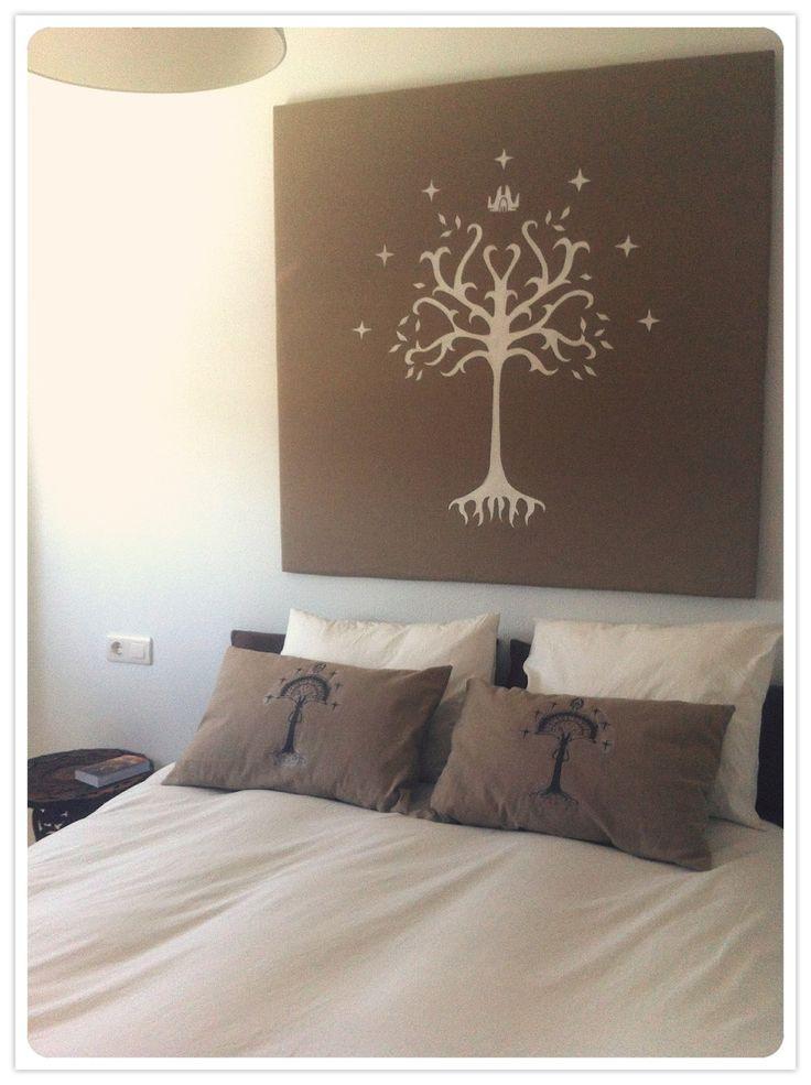 DIY, Bedhead with white Tree of Gondor design