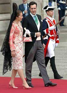 El Aristócrata: Vestimenta de las invitadas a una boda