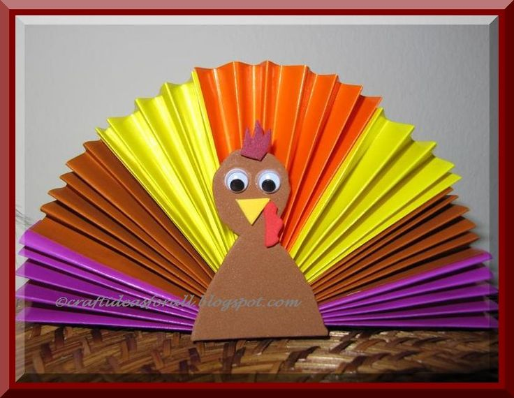 thanksgiving crafts | Preschool Crafts for Kids*: Thanksgiving Origami Turkey Craft