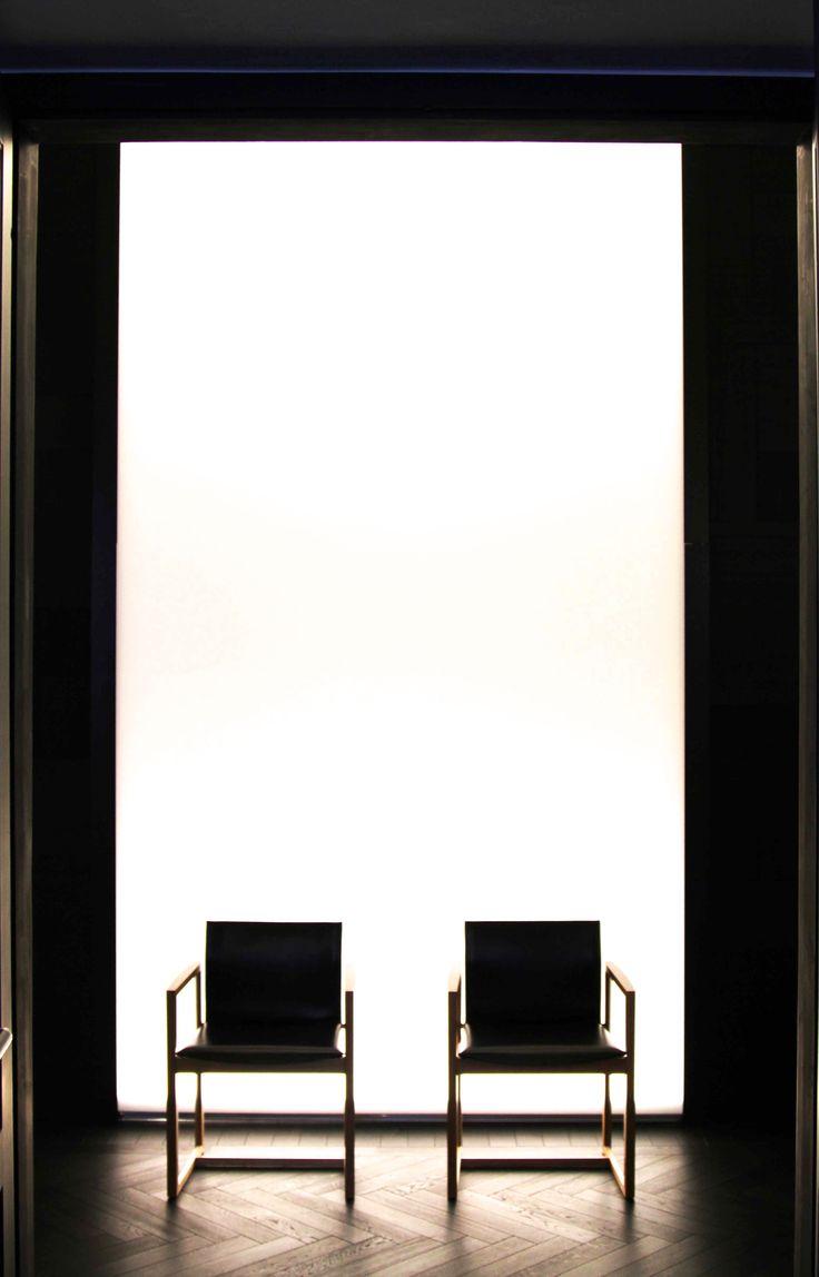 Les caissons lumineux EXTENZO mettent en valeur des endroits précis dans vos espaces pro !