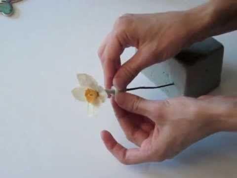 Мой канал для любителей сделать красоту своими руками. Тут много идей, как сделать цветы, декор из ткани, холодного фарфора и многих других материалов. К при...