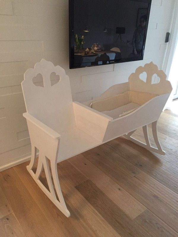 die besten 25 babywiege ideen auf pinterest korbwiege bassinet ideen und babyk rbchen. Black Bedroom Furniture Sets. Home Design Ideas