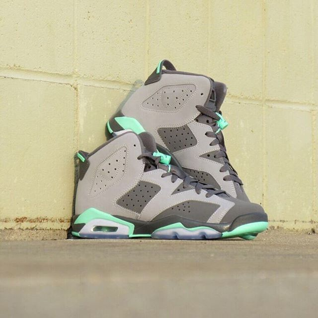 finest selection 159cb ed7fb ... 11 womens mint green pink Girls Grade School Air Jordan Retro 6 Green  Glow is here.