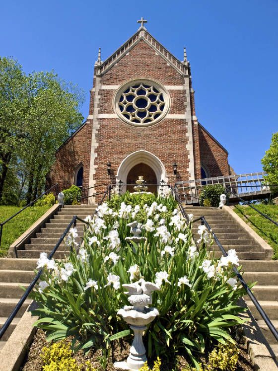 Rose Hill Weddings in Johnson City, Tennessee