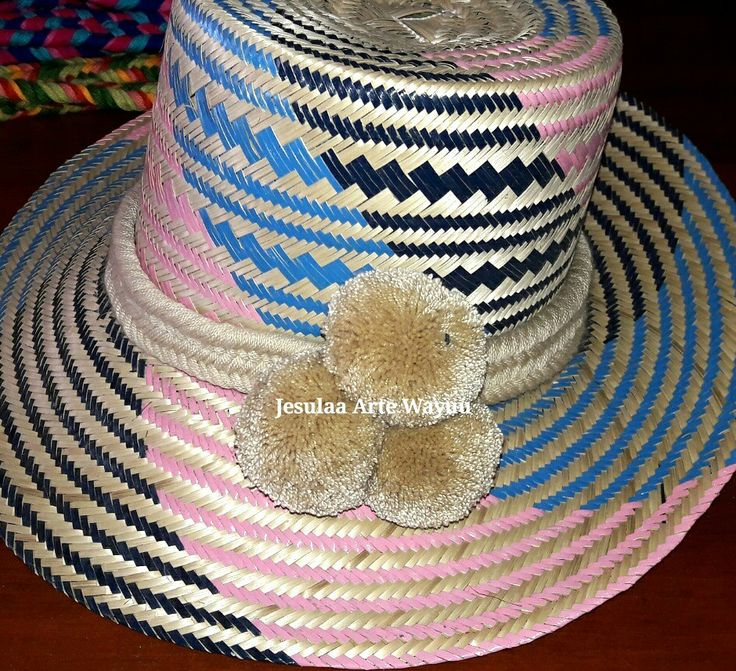 Wayuu hat in navy, pink and blue colours