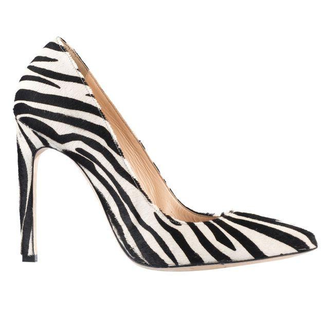 Escarpins Aleph Mendel en velours de cuir à 79€ au lieu de 169 ! Cliquez sur l'image pour shopper #bazarchic #mode #fashion #alephmendel #aleph #mendel #heels #talons #shoes #chaussures #zebre #zebra #animal