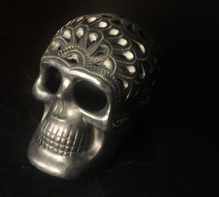 Day of the dead Mexican skulls, hand carved by an indigenous tribes in Oaxaca, Mexico. K Loco buys directly from the artesans in Mexico. In support of fair trade and helping tribal communities sustain themselves. $200