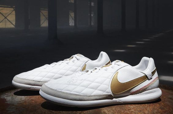 4efb1b6d37b6 Nike Celebrates Ronaldinho s Glory Days With New Pack  Paying tribute to  his years at Barcelona and AC Milan.