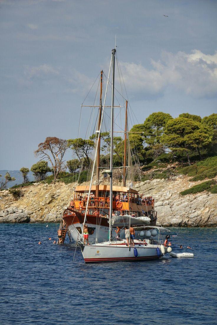 Ostrov Kelyfos a kotvící lodě Lumír Krásný photography