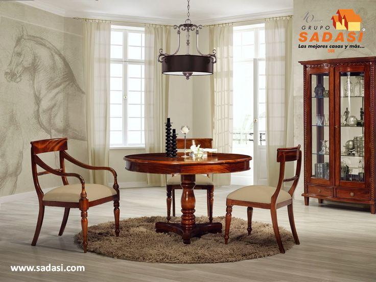 #decoracion LAS MEJORES CASAS DE MÉXICO. La madera de caoba es de las que más se utilizan para todos los muebles del hogar, especialmente para el comedor y la sala, ya que cuenta con un color rojizo y un olor que la caracteriza y la hace ideal para estas habitaciones. Además, es muy resistente y se puede encontrar con diferentes tallados para que luzca mejor. Le invitamos a ser parte de la experiencia Sadasi, al comprar su hogar en nuestros desarrollos. informes@sadasi.com