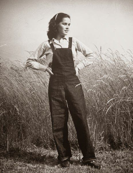 My Grandmother Wind: Hello inspiration solve girl! 1940s