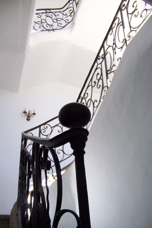 25 best images about cage d 39 escalier on pinterest for Astuce peindre cage escalier
