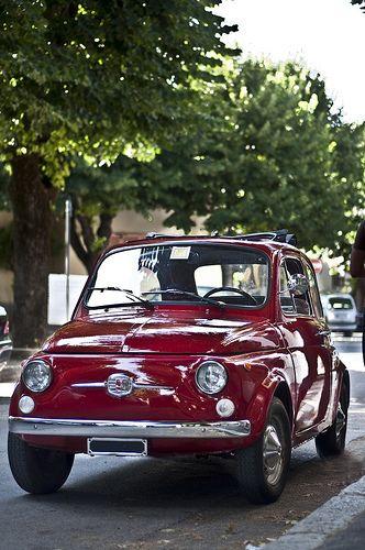 Fiat 500 - A me piace così, che se sbaglio è lo stesso, perchè questo dolore è amore per te.