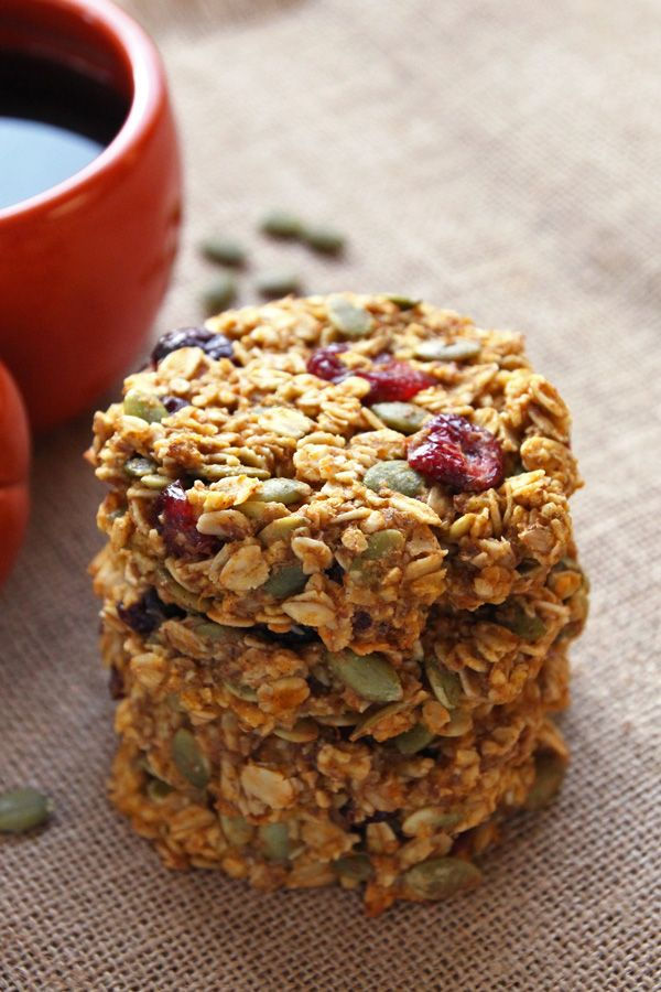 These pumpkin flavored healthy cookies make a great seasonal grab-and-go breakfast. With hearty wholegrain oats, cranberries and pumpkin seeds