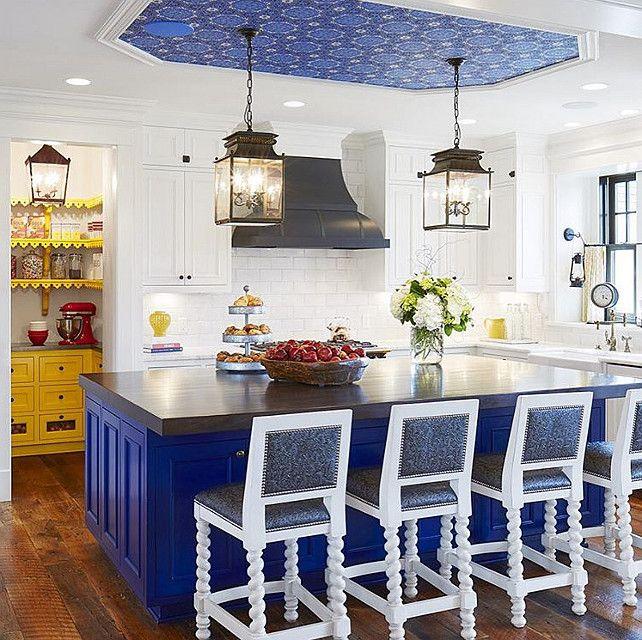 Blue Kitchen Themes: Best 25+ Blue White Kitchens Ideas On Pinterest