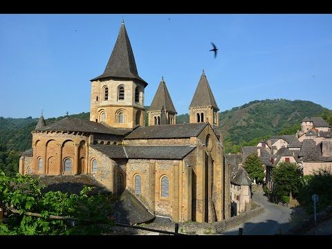 Sur les chemins de l'Aveyron : Conques - YouTube