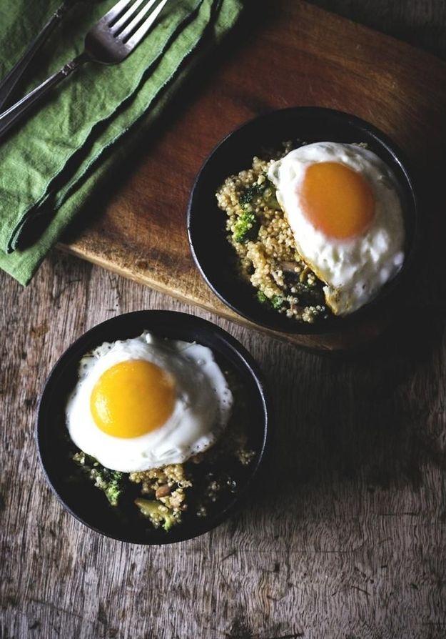 Veggie Quinoa Breakfast Bowls
