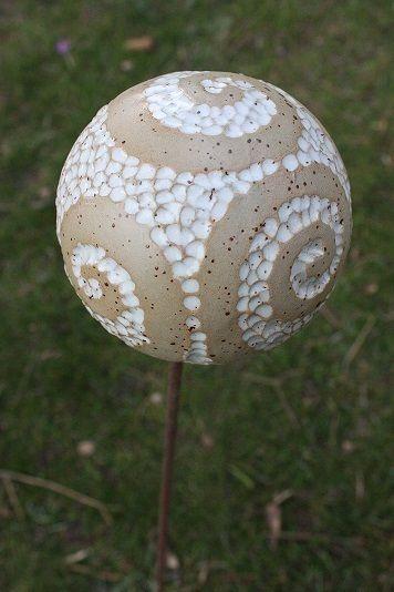 Die besten 17 ideen zu gartenkugeln auf pinterest for Garten dekokugel
