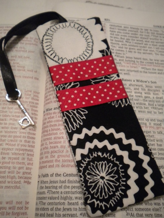 Bookmark Red & Black ribbon charm by GraciesThimble on Etsy, $5.00