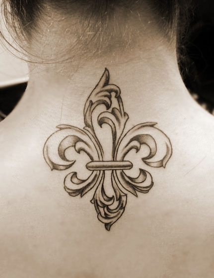 fleur de lis tattoo ... i'm sure you can guess who this is.