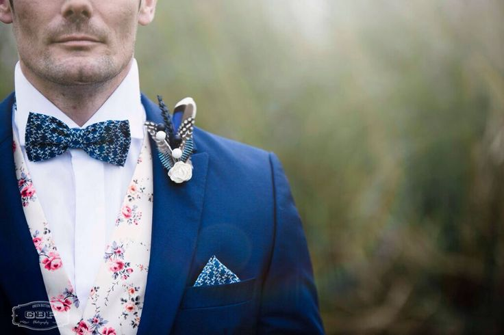 Handcrafted bespoke bow tie, pocket square and alternative button hole from Lilly Dilly's #wedding #party #groom #usher #patterned #blue #bespoke #handcrafted #bow tie #pocket square #hankie #button hole #boutonniere #Lilly Dilly's #feather #flower