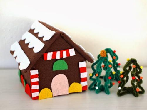 Felt Gingerbread House Craft286 best Christmas Home Decor images on Pinterest   Diy christmas  . Fun Crafts For Your Home. Home Design Ideas