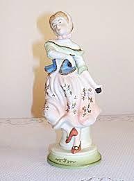 Vintage Figurines Girl.http://bit.ly/1rpo5AL