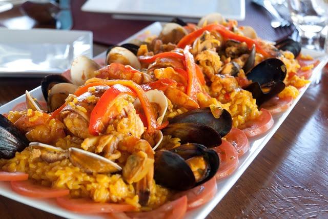 Paella di Pesce fatta con il Bimby: LEGGI LA RICETTA ► http://www.ricette-bimby.com/2010/12/paella-di-pesce-col-bimby.html