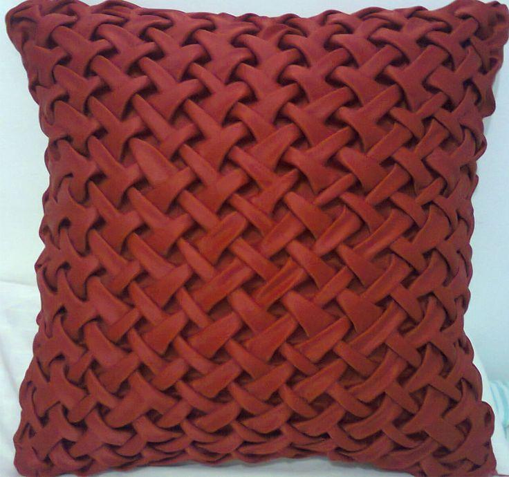 capa de almofada em cetim Oxford ou tafetá.