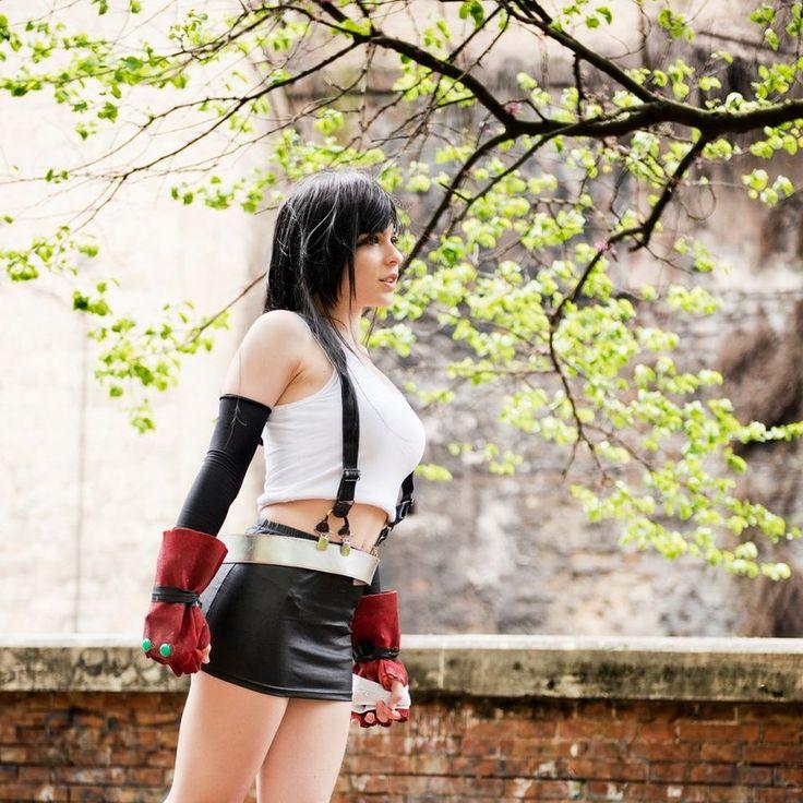 Yuna And Tifa Final Fantasy Cosplay Xfantasy 1